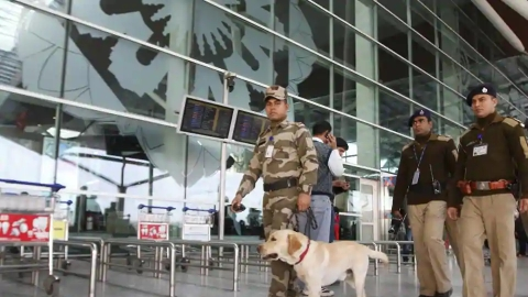 CISF nabs 2 with foreign currency worth Rs 30 lakh at IGI Airport