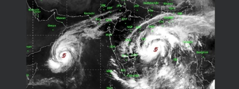 Storm Titli: Strong winds in B'desh, eastern India