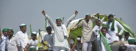 Farmers end yatra after a day of clashes