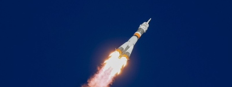 Soyuz rocket crashlands, 2 crew safe