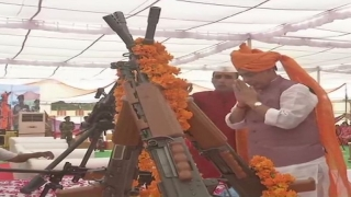 Rajnath performs 'Shastra Pooja' at BSF SHQ in Bikaner