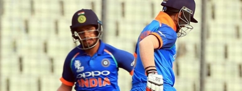 U-19 Asia Cup finals: India set a target of 304 before Sri Lanka