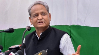 No post matters to me any more; ready to become sadhu for Cong: Gehlot