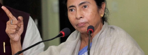 'Government cheats nation with this big demonetisation': Mamata