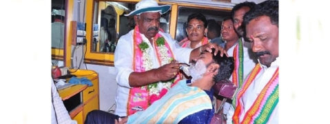 Political leaders turn barber, Chaiwala to attract voters in Telangana
