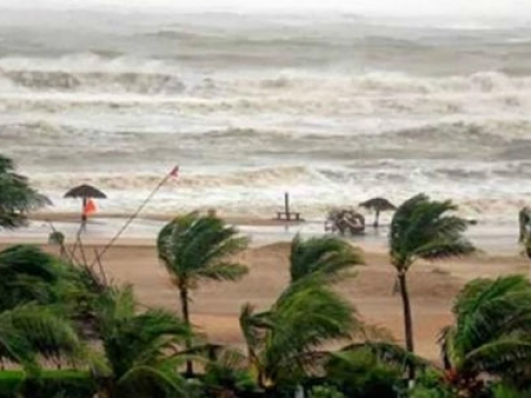 Cyclone threat to TN, AP