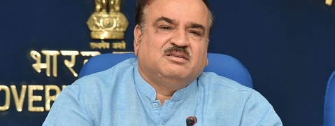 Ananth Kumar is responding well to the treatment and recovering: Wife