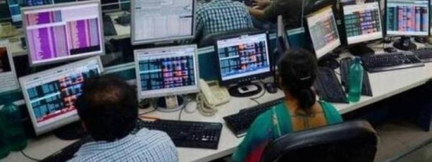 Sensex reverses gains, ends lower at 35,158.55 pts on mild sell-off
