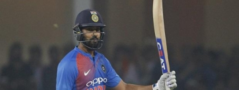 2nd T201: Rohit & Dhawan help India post 195/2 against Windies