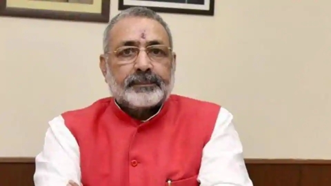 Giriraj says Pak is 'dishonest' on 26/11; Shiv Sena demands actions against Hafiz