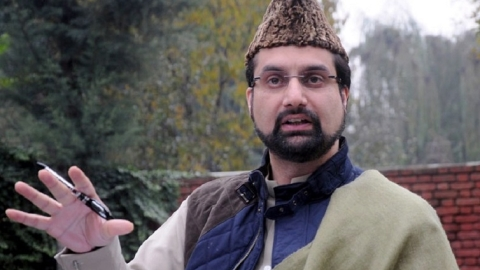 To prevent workers' session, Mirwaiz put under house arrest, HC office sealed