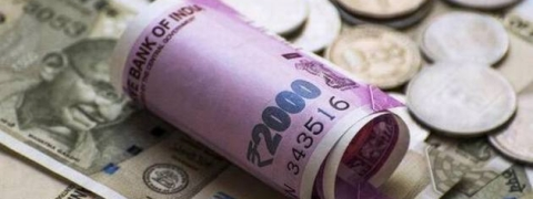 Rupee falls by 11 paise against USD