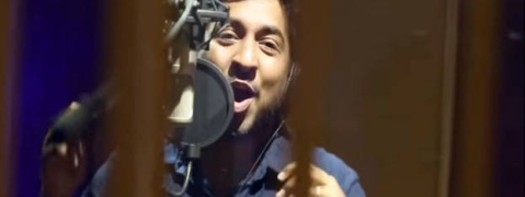 Vineeth Sreenivasan croons for Kannur airport