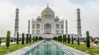 Taj Mahal ticket price hiked, Rs 200 extra to enter main Mausoleum