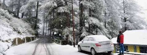 Snowfall continues for second day in Gulmarg, other parts of Kashmir