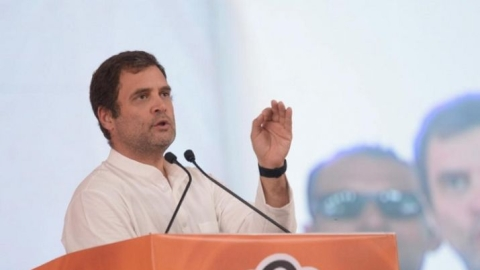 Rahul call to empower women in Kerala, holds talks with UDF leaders in Kochi