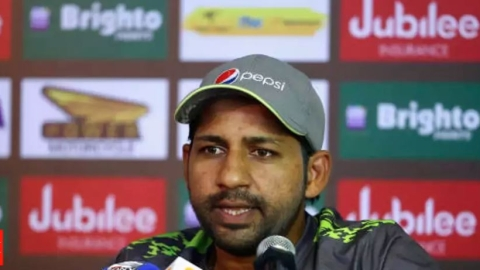 Sarfraz extends apology for his racist comment at Phehlukwayo