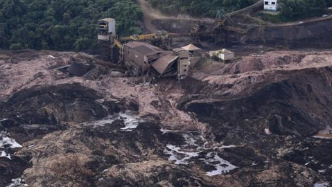 Death toll rises to 58 in Brazil mining dam burst, 305 missing