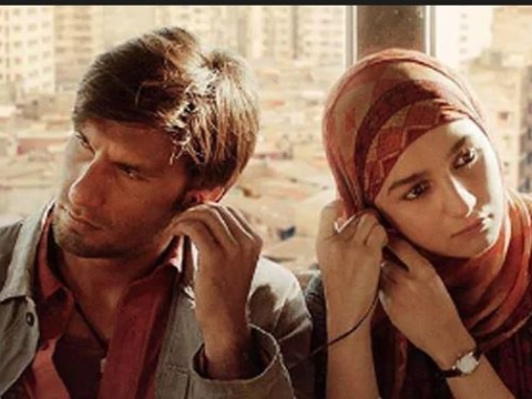 After a rap video, 'Gully Boy' becomes rage for its trailer
