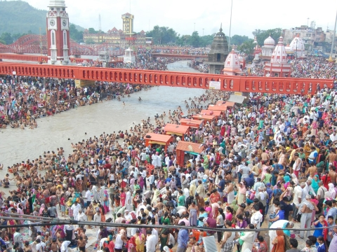 Lakhs take a dip as Kumbh Mela begins