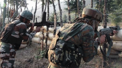 Pak violates ceasefire on LoC, Indian Army retaliates, no sweets exchange on R-Day