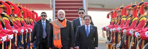 PM arrives Seoul for bilateral talks, also to receive Seoul Peace Prize