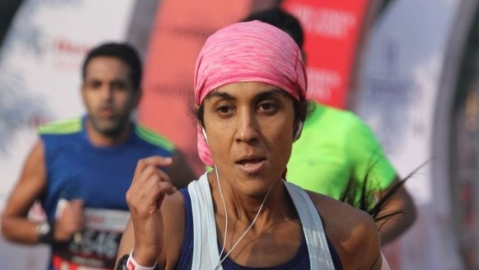 Tlanding Wahlang and Anjali Saraogi win IDBI Federal Life Insurance Kolkata Full Marathon