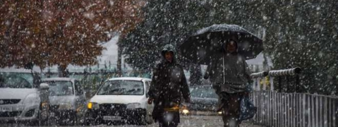 Fresh spell of rain and snow in Kashmir