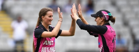 Women's Cricket: NZ clinch thriller to seal series 2-0, defeat Ind by 4 wickets in T20