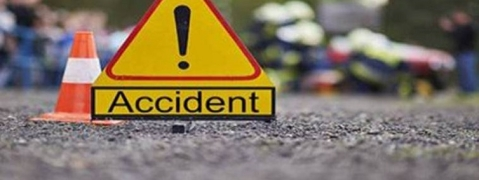 Five killed, 30 injured in head-on collision in Mah