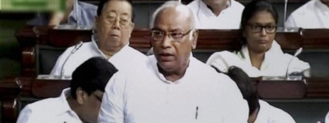 Kharge defends 'dissent' on CBI chief selection, says govt conduct has lowered PMO