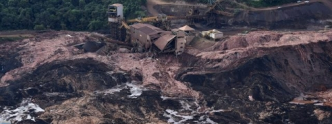 Brazil dam disaster: Death toll climbs to 157