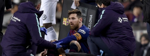 Barca coach Valverde gives few hints about Messi's fitness