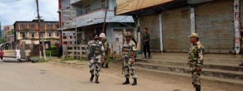 Internet, news banned; curfew imposed for second-day in Manipur