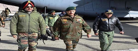 Northern Army Commander visits Leh, discuss operational readiness