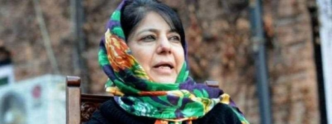 Decision to handover captured IAF pilot great gesture by Pak, India should reciprocate: Mehbooba