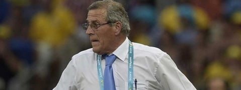 Uruguay coach Tabarez making 'good recovery' after surgery