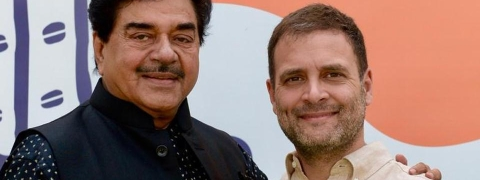 Sathrughan Sinha meets Rahul; likely to join Congress soon
