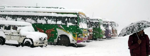 No passenger vehicle to ply on Kashmir highway