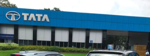 Tata Motors reports loss of Rs 217 crore