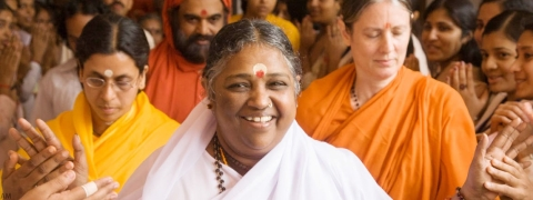 Mata Amritanandamayi Devi to visitAustralia, Singapore in April-May