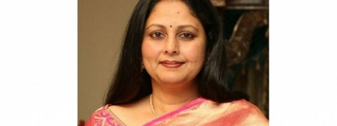 Film actress Jayasudha joins YSRCP