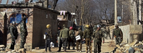 Normal life crippled for 3rd day in Kashmir's Tral