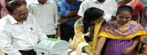 Training programme for hearing impaired voters held