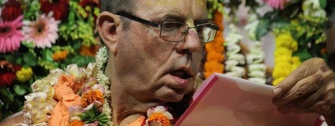 ISKCON Mayapur celebrates 70th Vyas Puja of JayaPataka Swami with grandeur