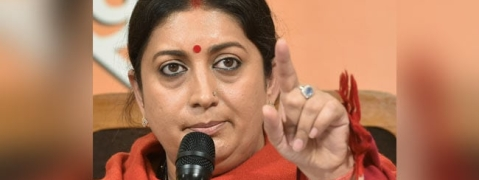 Irani accuses Rahul of insulting and betraying people of Amethi