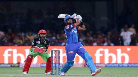 Shreyas Iyer guides Delhi Capitals to four wickets win