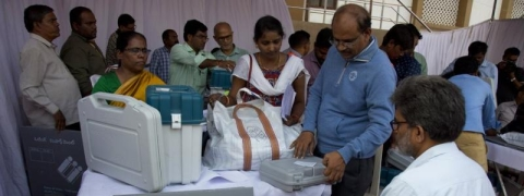Polling ends in AP ; 77 pc voter turn out till 6 pm