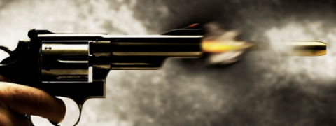 Petrol pump operator shot at, looted in UP's Mau