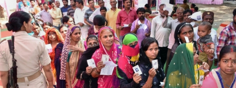 18 per cent polling till 9am in Bengal; Sporadic violence reported
